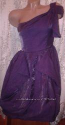 Ravi Famous. платье с подьюпником. размер пишут SM где-то 42-46.