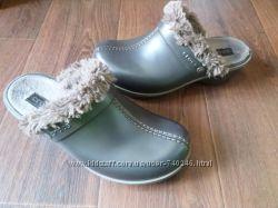 Тепленькие сабо Crocs W9 26. 5 cm