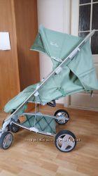 Продам детскую коляску Silver Cross салатового цвета.