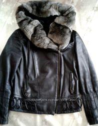 Кожаная шикарная куртка осень, зима, весна