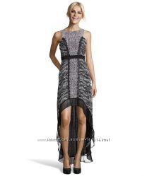Стильное платье, бренд BCBGMaxAzria в отличном состоянии