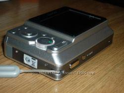 Sony DSC-S730 Cyber-shot.