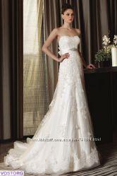 Кружевное очень красивое свадебное платье