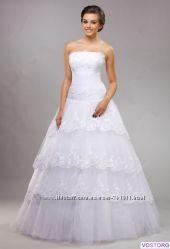 Новое кружевное свадебное платье недорого