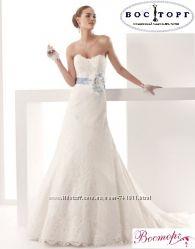 Кружевное свадебное платье новое