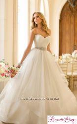 Новое свадебное платье для шикарной невесты.