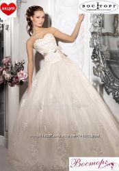 Новое кружевное свадебное платье из коллекции 2017 года