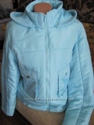 Очень красивая демисезонная куртка. С капюшоном. Бирюзово-голубая.