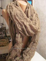 Большой объемный женский шарф. Хаки.