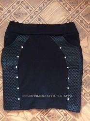 Модная черная юбка