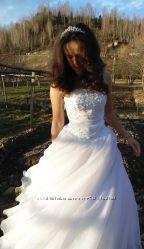 Весільна сукня. Розмір 46-48.