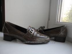 раз. 37. Красивые лак. кожаные туфельки Gabor.
