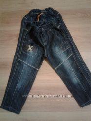 джинсы  5лет новые