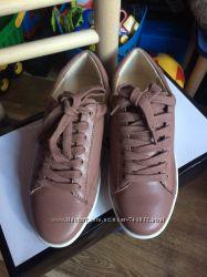 Кожаные кроссовки Nine West