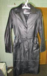 Шерстяное пальто. Черный и рыжий кожаный плащ. Размер сМ