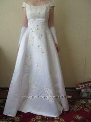 Шикарное свадебное платье ручной работы