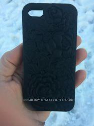 Чехол для iphone 5  5 s силиконовый  розы 3Д