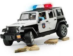 Bruder Джип Wrangler Rubicon Police с копом