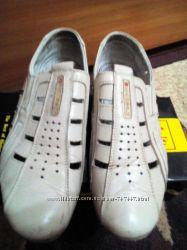 Кожаные туфли Kangfu