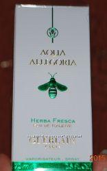 Коробочки от оригинальных парфюмов