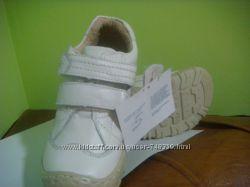 Снижена цена Акция Детские ботиночки кроссовки туфли - натуральная кожа