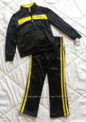 Спортивні костюми Nike та Puma оригінал США хлопчик та дівчинка 5-6 років