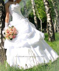 Продам свое свадебное платье в идеальном состоянии