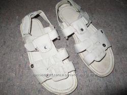 продам чоловічі сандалі