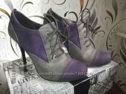 Замшевые ботильоны ботинки Luciano Carvari