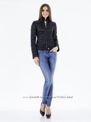 Стильная демисезонная женская короткая куртка Frankie Morello оригинал