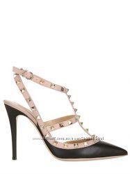 Кожаные открытые туфли с шипами Valentino дорогая реплика