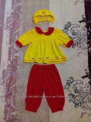 Яркий костюм для девочки бриджи кофточка и шапочка