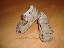 Кожаные сандалии для мальчика с р. 27, длина стельки 16, 5см