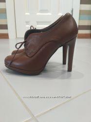 Продам новые ботиночки Minelli 38размер