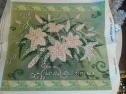 Картина чешским бисером без рамы лилии на холсте