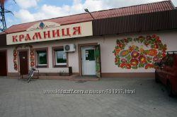 Петриковская роспись - стены, лестничные площадки.