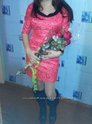 Шикарное вечернее платье шёлковый жакард бусы