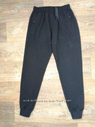 Спортивные брюки штаны мужские на манжете черные