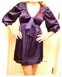 Изысканное атласное платье