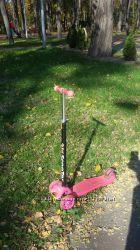 Розовый самокат шлем и защита