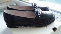 Нові шкіряні туфельки Мальви 32р