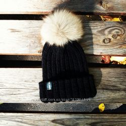 Модная шапочка ручной работы