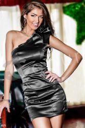 Мини платье на одно плечо 42 для женщин атласное