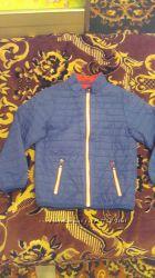 Куртка тоненька фирма Chicco р. 116