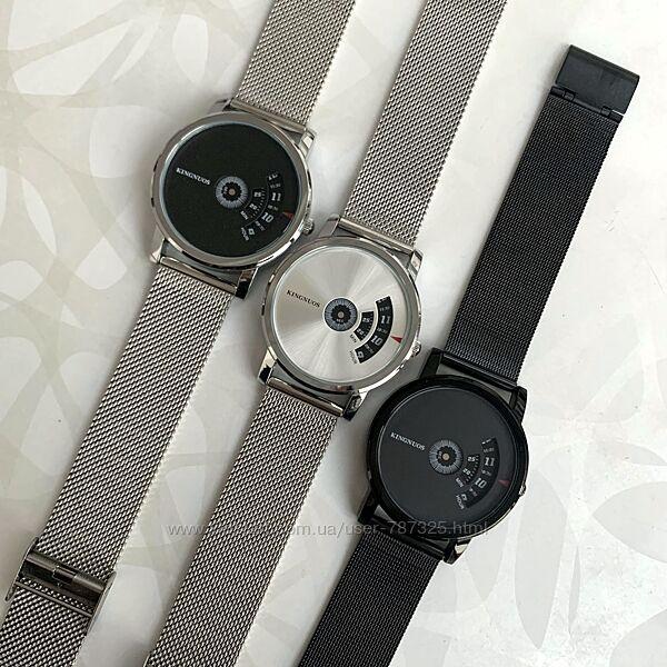 Мужские часы Kingnuos на тонком металлическом ремешке черные серебристые