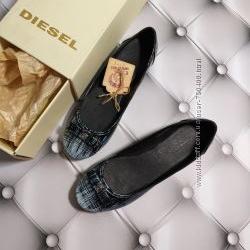 Diesel оригинал Балетки с принтом кожаные  бренд из США р. 37, 5