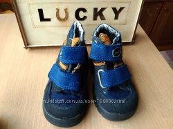 Продам обувь, сапожки, ботинки