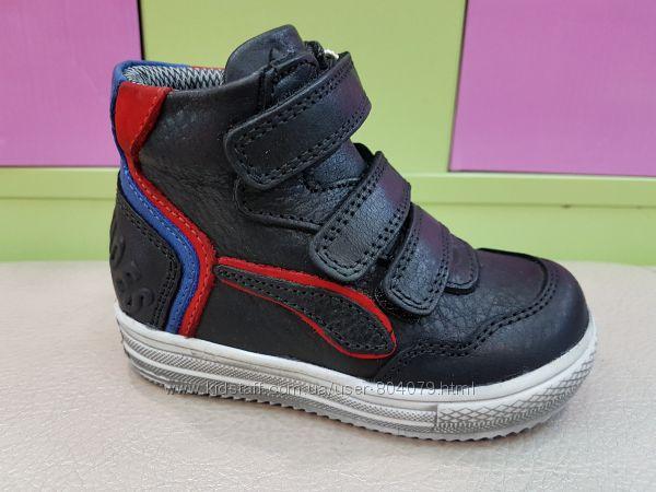 Кожаные демисезонные ботиночки Panda 02. 1083В
