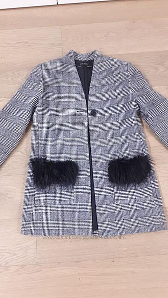 Пальто Zara размер xs