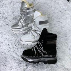 Женские кожаные зимние ботинки.